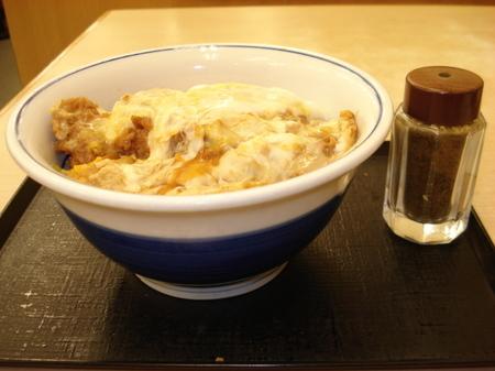 katsuya-cheese-katsudon01.jpg
