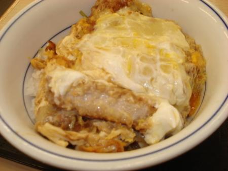 katsuya-cheese-katsudon06.jpg